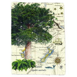 Lens and Screen Cleaning Cloth: Kauri Tree And Pacific Map